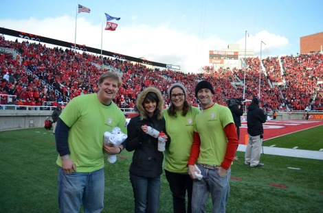 Recycle Rice-Eccles volunteers help recycle roughly 25,000 pounds in glass, aluminum, and other recyclables collected from tailgating.