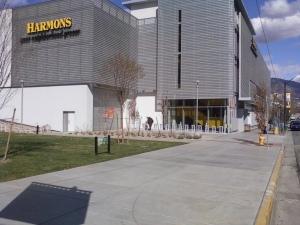 Harmons Grocery. Photo thanks to paulkimo90. http://bit.ly/1kDbVLD