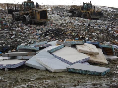 Mattress take up tons of space in landfills and are slow to decompose. Photo: floridaorganicmattress.com