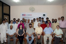 The participants of the two-day Teaching Effectiveness Workshop, with the U team seated in front.