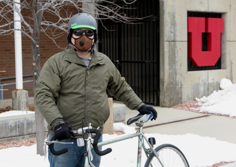 Air filtration masks encourage active transportation by protecting users from dangerous air pollutants.